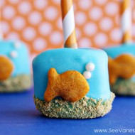 Recipe: goldfish marshmallow pops