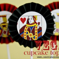 (diy tutorial) vegas accordion cupcake toppers