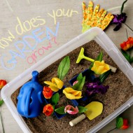 (diy tutorial) spring garden sensory box