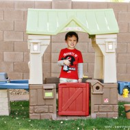 kid friendly: step2 great outdoor playhouse