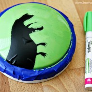 (diy tutorial) diy dino nightlight using sharpie paint markers