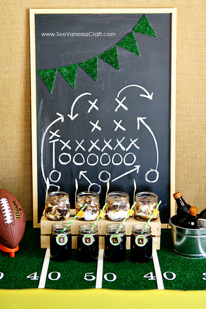Party Easy Football Field Tablecloth See Vanessa Craft