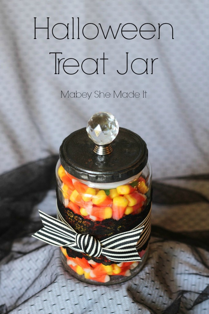 Halloween Treat Jar / Maybe She Made It via www.seevanessacraft.com