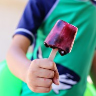 Recipe: Frozen Berry Ice Pops