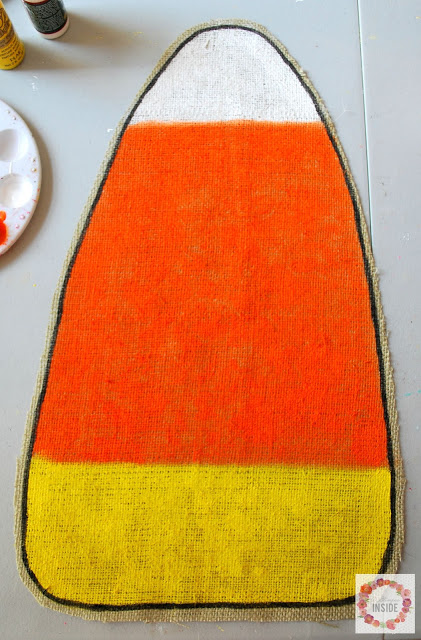 burlap candy corn- black outline