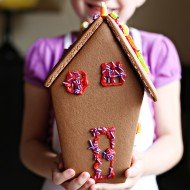 Party: Haunted Gingerbread House Decorating