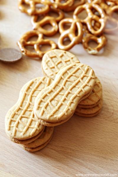 Nutter Butter Reindeer Cookies for Christmas