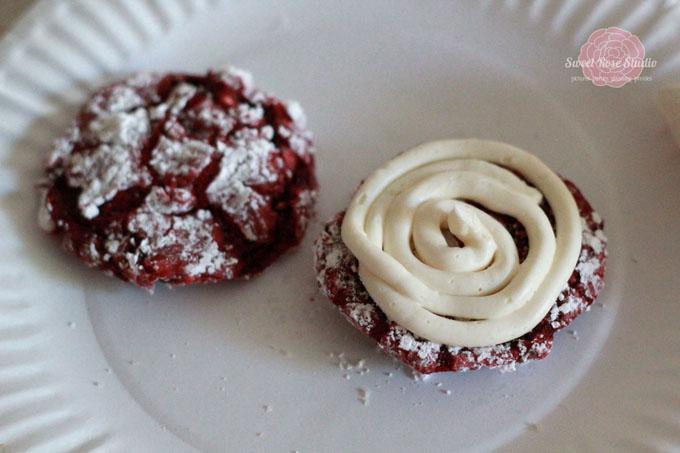 Red-Velvet-Whoopie-Pies-5