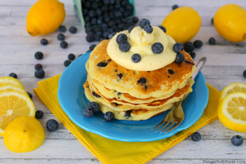 Lemon-Blueberry-Pancakes-DelightfulEMade-hz1