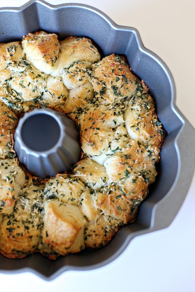 Recipe: Garlic Parmesan Monkey Bread - See Vanessa Craft