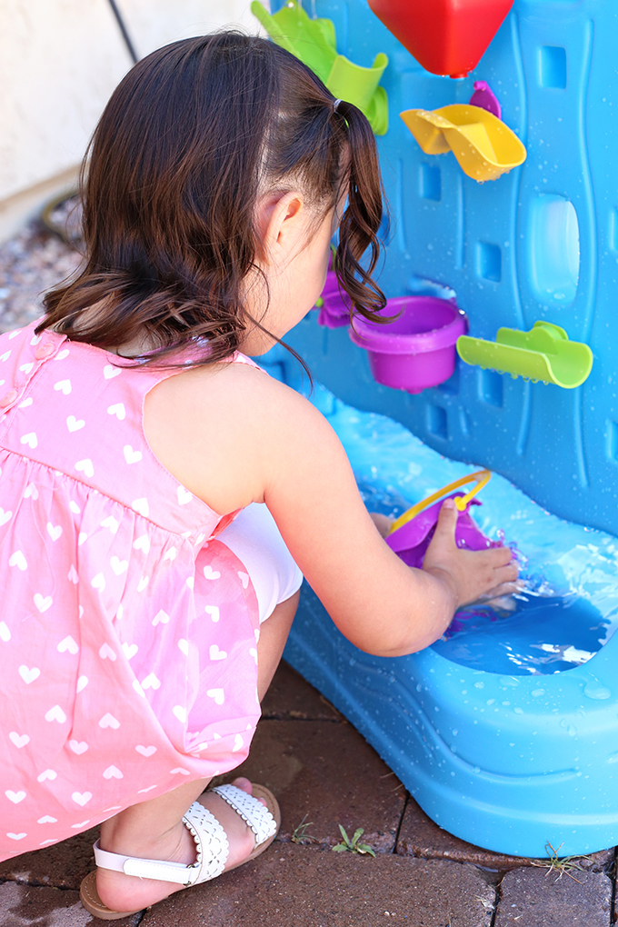 Kid Friendly 10 Water Play Activities And Water Wall