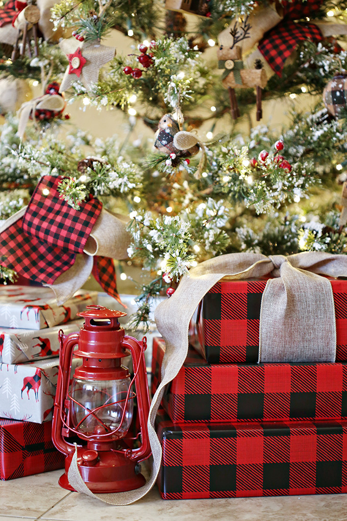buffalo plaid christmas tree 11 copy - Red And Black Plaid Christmas Decor