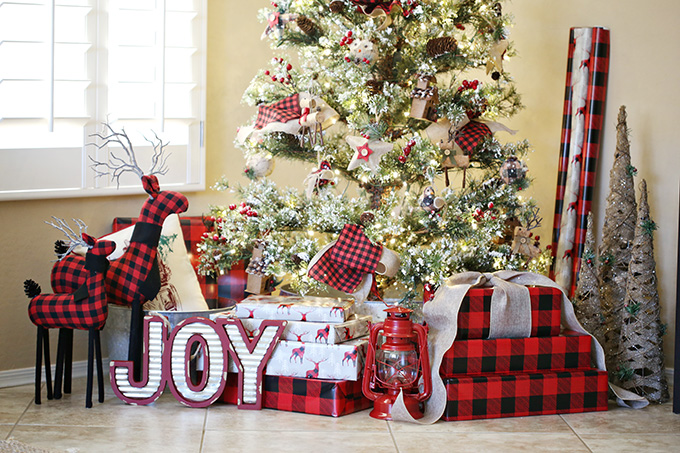 buffalo plaid christmas tree 11 copy - Buffalo Plaid Christmas Decor