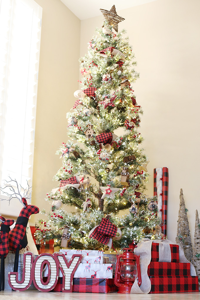 buffalo-plaid-christmas-tree-2-copy