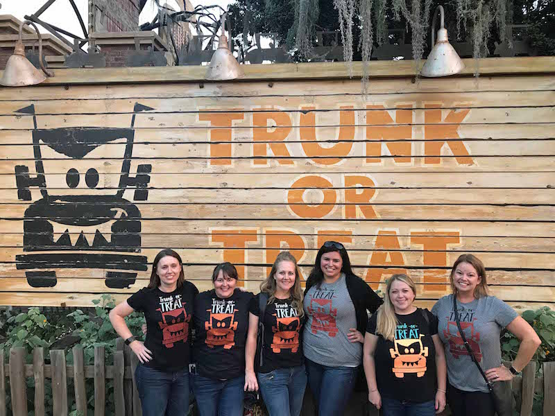 Trunk-or-Treat-Cars-land-Halloween-Shirts