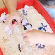Craft: Easy Moon Sand Recipe for Kids