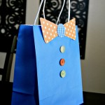 {DIY Tutorial} Father's Day Bow Tie Gift Bag