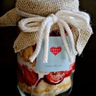 {DIY Tutorial} No Cook Strawberry Shortcake Jars