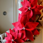 (diy tutorial) burlap poinsettia wreath
