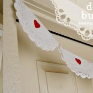(diy tutorial) valentine's doily bunting