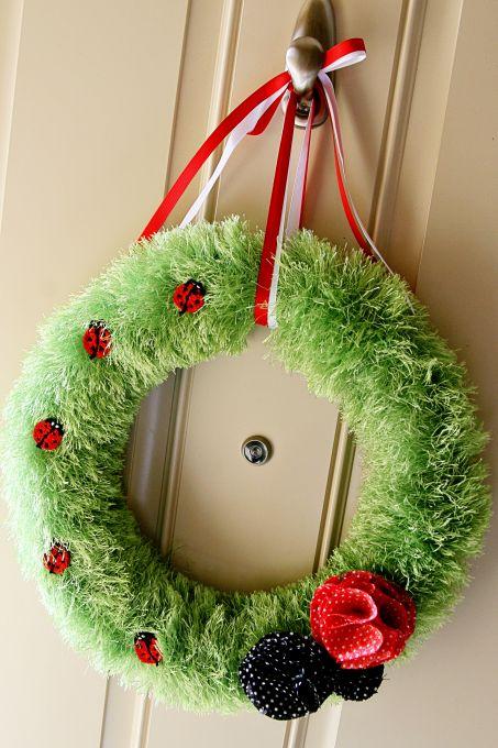 Ladybug wreath 11
