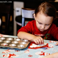 (tot school tuesday) muffin tin cookie decorating
