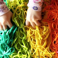 (diy roundup) 40 kid friendly rainbow activities & crafts