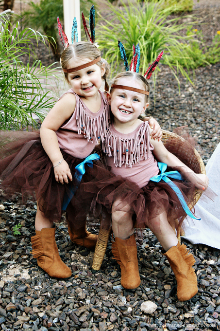 ... DIY Indian costumes. Nicole ...  sc 1 st  See Vanessa Craft & 20 crafty days of halloween) no-sew indian costumes - See Vanessa Craft