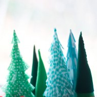 (20 crafty days of christmas) diy fringed christmas trees