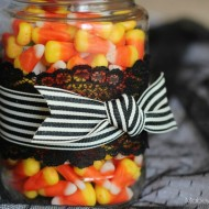 (30 crafty days of halloween) halloween treat jar