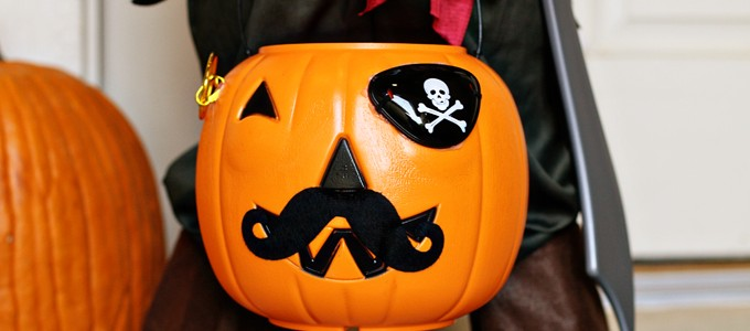 Pirate Pumpkin Bucket 2 web