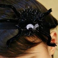 Spider Headband Tutorial for Halloween / www.seevanessacraft.com