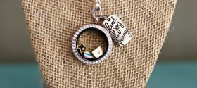 Oh The Places You'll Go Origami Owl Necklace - www.seevanessacraft.com