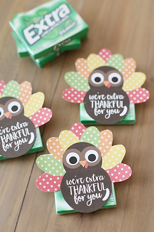 Easy Thanksgiving Gift Idea for Teachers with Free Printable Tags