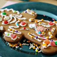 (party) gingerbread man decorating party