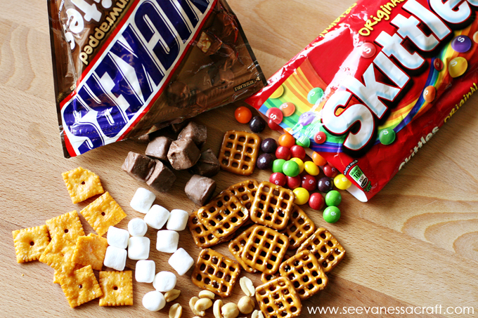 Game Day Snack Mix 1 web
