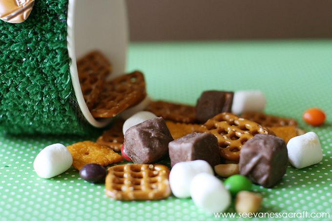 Game Day Snack Mix 5 web