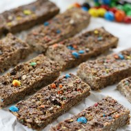 Recipe: M&M's® Crispy Granola Bars