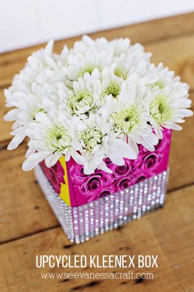 Upcycled Kleenex Box Vase #KleenexBetseyStyle