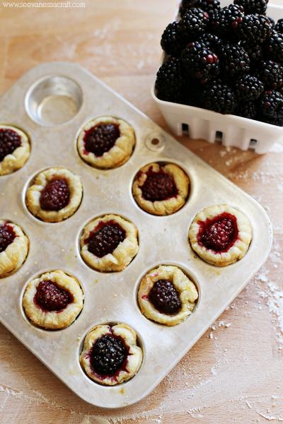 Puff Pastry Blackberry Pie Bites