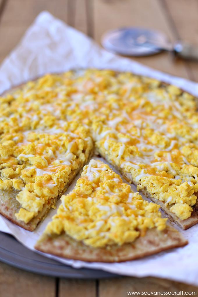 Disney Copycat Breakfast Pizza