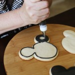 Recipe: Royal Icing Outlining and Flooding Cookies