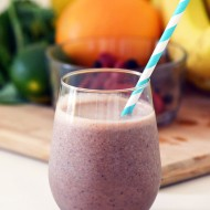 Recipe: Citrus and Berry Green Smoothie
