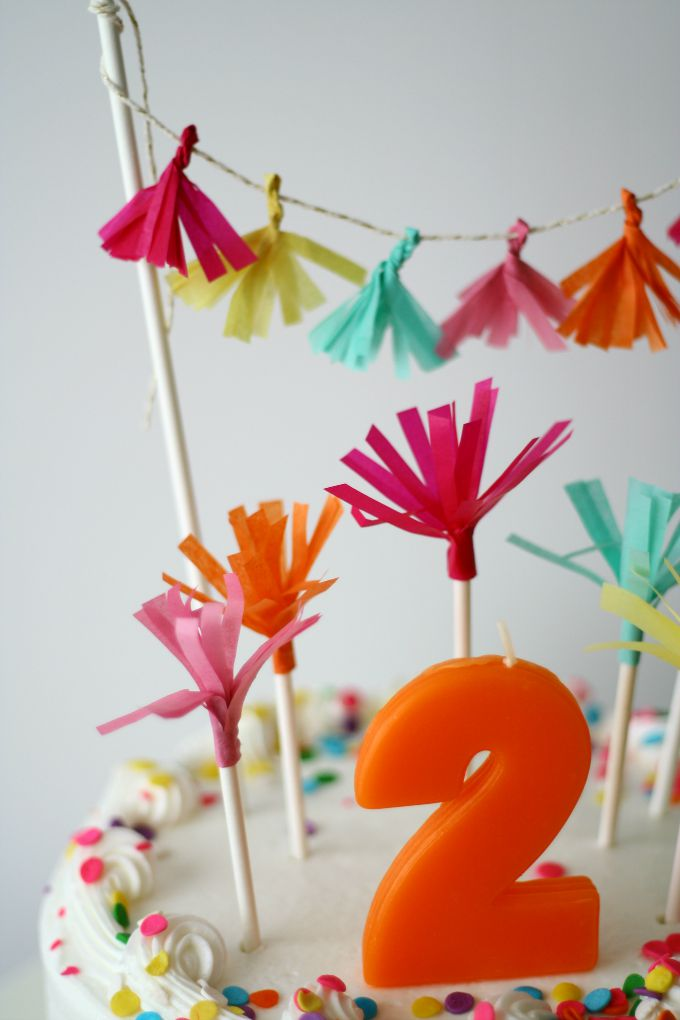 Simple DIY Cake Topper and Cake Decorations Made From Tissue Paper