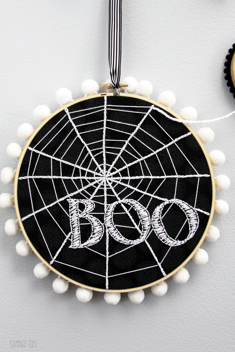 Boo-Spiderweb-Hoop-Art