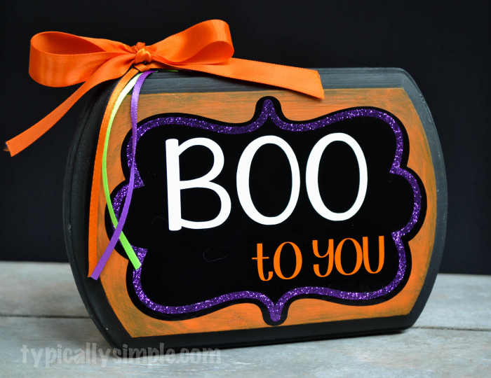 Boo-to-You-Halloween-Sign-5-700x540