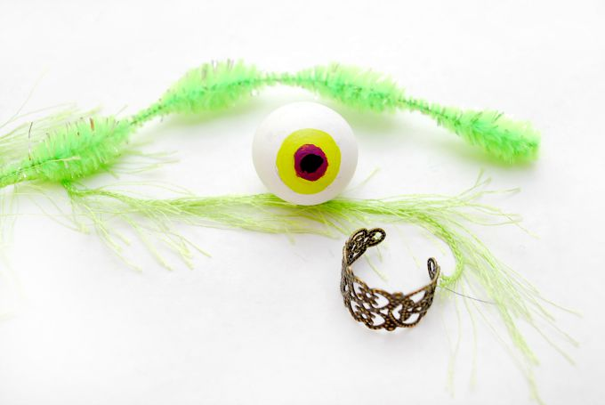 Hairy-Monster-Eyeball-Ring-31