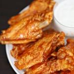 Recipe: Easy Crock Pot Buffalo Wings