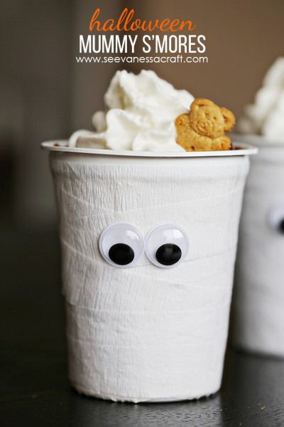 Mummy Teddy Graham S'mores Cups