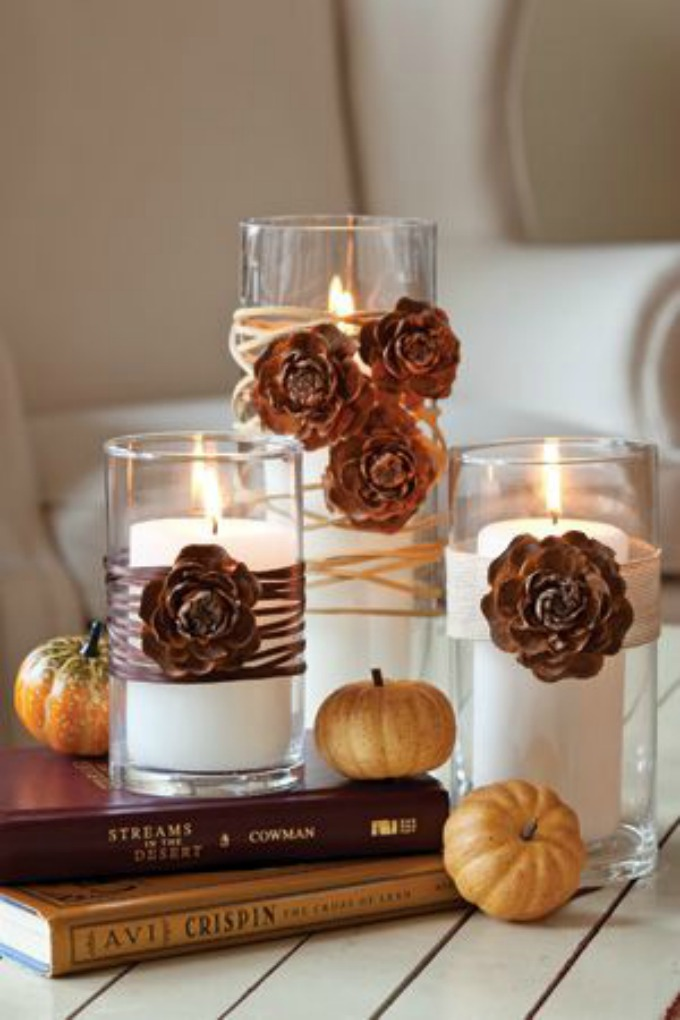 Simple country Thanksgiving table candle centerpiece